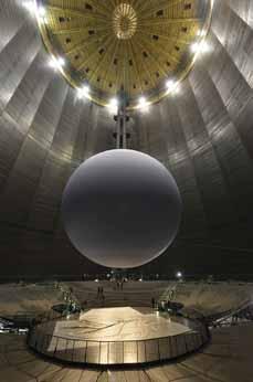 Bild: Sie wird das Highlight der nächsten Ausstellung im Gasometer: Unsere Erde. (Foto: Thomas Wolf)