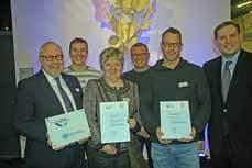 Bild: Oberbürgermeister Daniel Schranz (re.) mit der Vertreterin und den Vertretern der