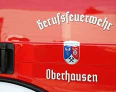 Bild: Alle Einsatzfahrzeuge der Feuerwehren in NRW sind eine Woche mit Trauerflor unterwegs.