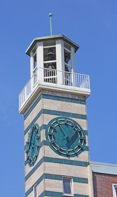 Bild: Der Turm des Sterkrader Stadtmittehauses. (Foto: Stadt Oberhausen)