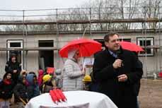 Bild: Oberbürgermeister Daniel Schranz betonte, dass das Geld gut angelegt sei. (Foto: Stadt Oberhausen)