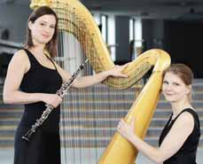 Bild: Sandra Schumacher (li.) und Johanna Welsch bilden das Duo Harbois.