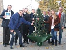 Bild: Organisatoren und Vertreter der Sponsoren freuen sich auf die City-Weihnacht. (Foto: Stadt Oberhausen)