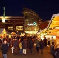 Bild: Auf den Centro-Weihnachtsmärkten gibt es über 140 Hütten mit allem, was das Herz begehrt.