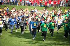Bild: Rund 2.500 Kinder und Jugendliche sorgen für die größte Schulsportveranstaltung in NRW.