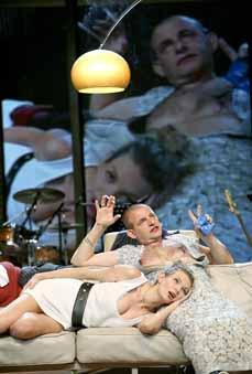 Bild: Das Theater Oberhausen gilt als Treffpunkt für Menschen ganz unterschiedlicher Lebenswelten. (Foto: Theater Oberhausen)