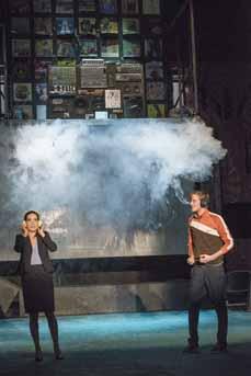 Bild: Laura Angelina Palacios und Thieß Brammer (Foto:Klaus Fröhlich)