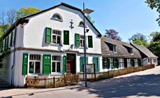 Bild:                     Zum Museum gehört auch das ehemalige Wohnhaus des Hüttendirektors. (Foto: LVR)